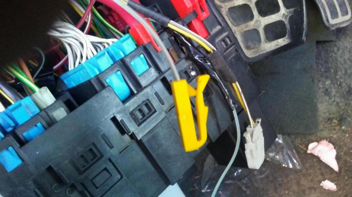 Wiring connector ID for 97 Golf mk3 2.0 aba obdii - VW Forum ...