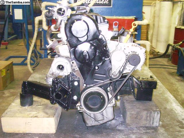 FS - 03 Pump Duse TDI AHU-engine-stand.jpg