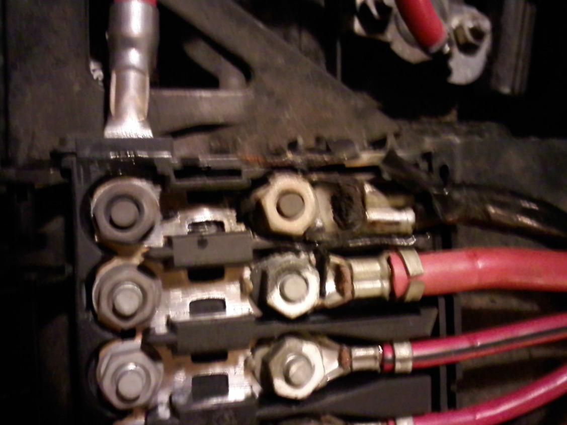 Got Codes Need Help Po261 Po267 Po270 Po264 Po445 Po418 Po141 Battery Fuse Box Melting On 04 New Beetle Click Image For Larger Version Name Block Views 5293 Size