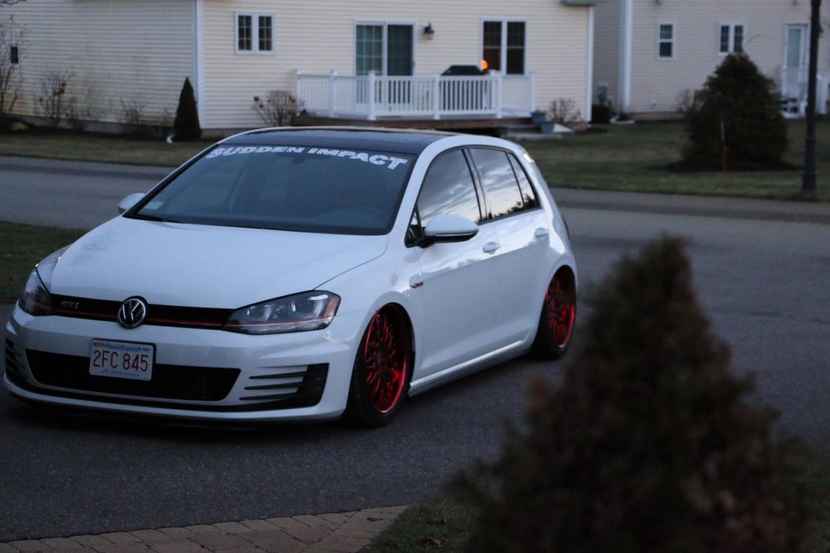One Of The 1st Mk7 Bagged Vw Forum Volkswagen Forum