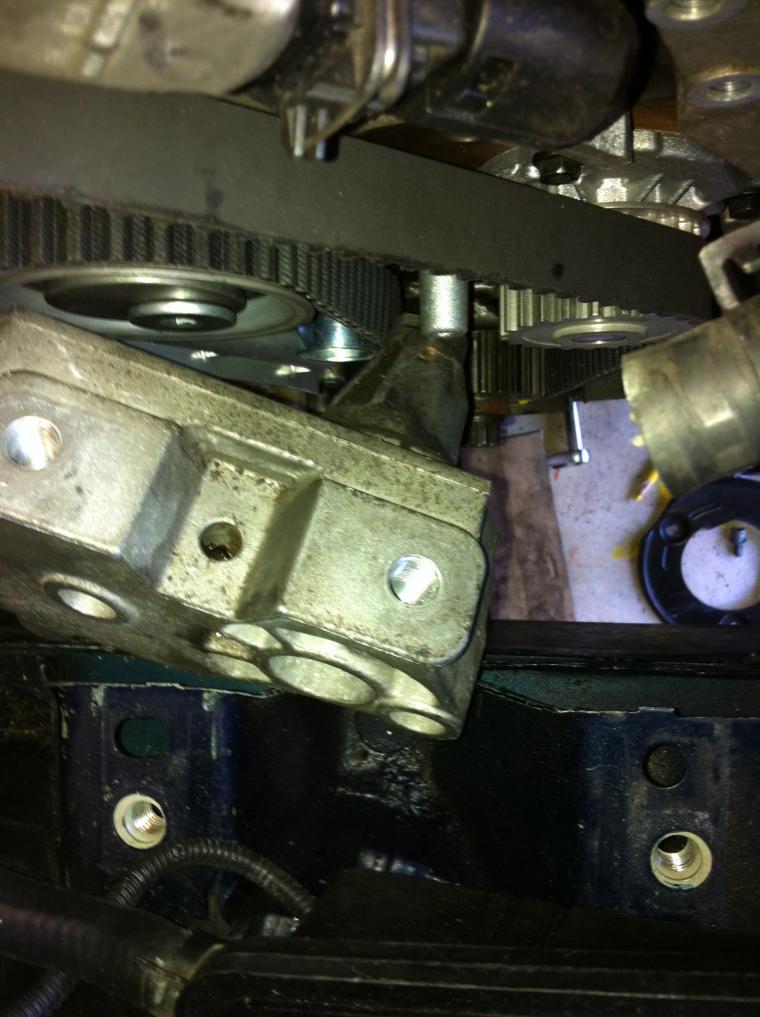 reinstalling  side engine bracket jetta  vw forum volkswagen forum