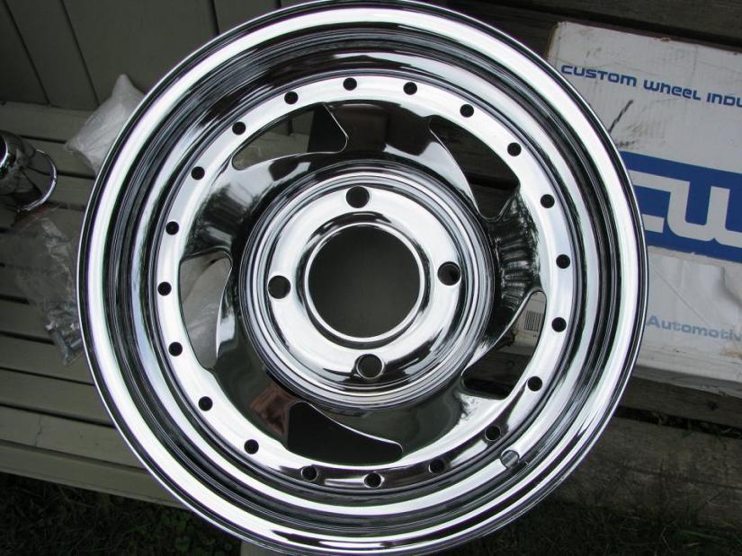 lug 14x6 chrome RIMS for sale - VW Forum :: Volkswagen Forum